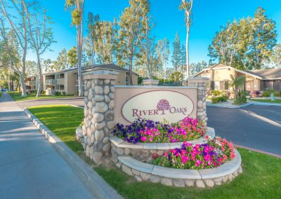 RIVER OAKS RIVERSIDE FRONT SIGNAGE BY 360IMAGING-7