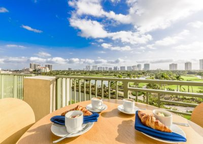 Vi Aventura March 2018 Apt 522 Rembrandt Balcony Breakfast-12